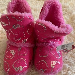Pink hello kitty boots